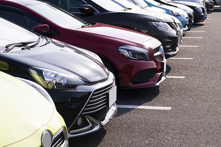 駐車場で事故に遭ったら解決が難しい?駐車場事故の特徴と注意点